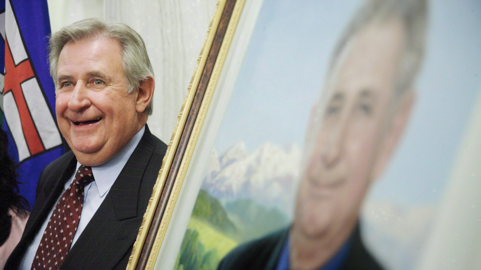 Former Alberta premier Ralph Klein in Edmonton on Aug. 30, 2007.  (John Ulan / THE CANADIAN PRESS)