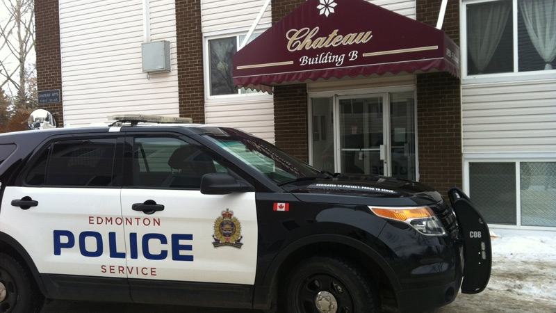 Edmonton Police on the scene of a sudden death at an apartment building on 109 St. and 53 Ave.