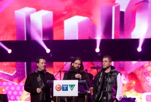 Great Big Sea, Bob Hallett, left to right, Alan Doyle and Sean McCann take part in a Juno awards during a news conference in Vancouver, Friday, March 27, 2009. (THE CANADIAN PRESS/Jonathan Hayward)