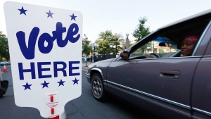 A drive-in voting site in Denver on June 28, 2016. (David Zalubowski / AP)