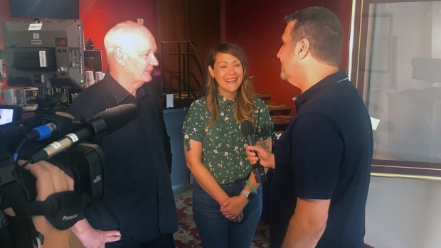 Colin Mochrie and Amber Nash