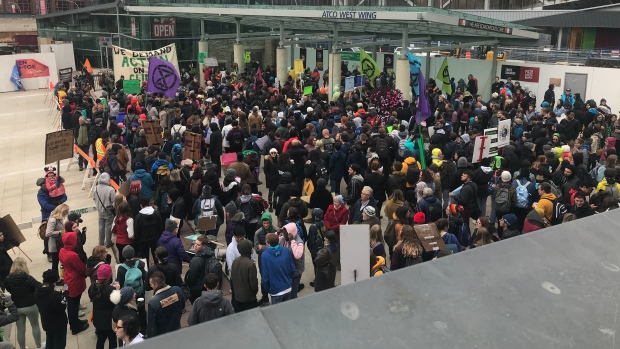 Global Climate Strike takes over downtown Ottawa