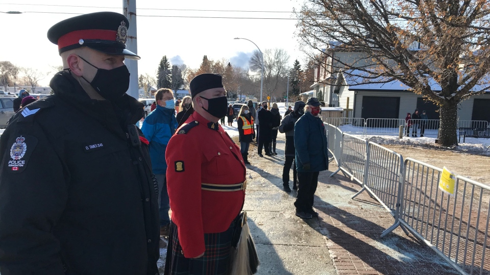 What's open and closed in Montreal on Remembrance Day