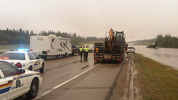 A dislodged culvert is causing flooding on Highway 16 between Stony Plain and Spruce Grove. Motorists travelling eastbound on Highway 16 are being re-directed.